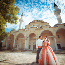 Wedding photographer Smail Nebiev (TANTANA). Photo of 17.01.2014
