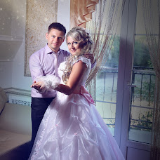 Wedding photographer Elina Zhelnovacheva (ElinaSove). Photo of 16.08.2015
