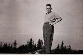 Photo: Stanisław Skowron -kierownik szkoły w Rogoźniku w latach 1954 - 1972.  Zdjęcie udostępnił ks. Paweł Skowron.