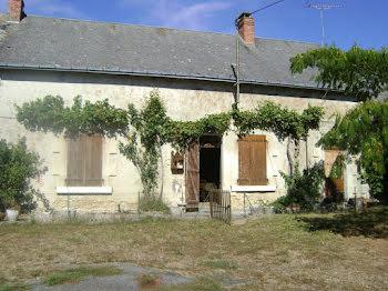 locaux professionnels à Saint-Cyran-du-Jambot (36)