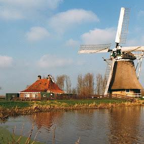 Windmill at Bolsward-Holland by Bob Has - Buildings & Architecture Public & Historical ( mill, wind, old, bolsward, holland, historical )