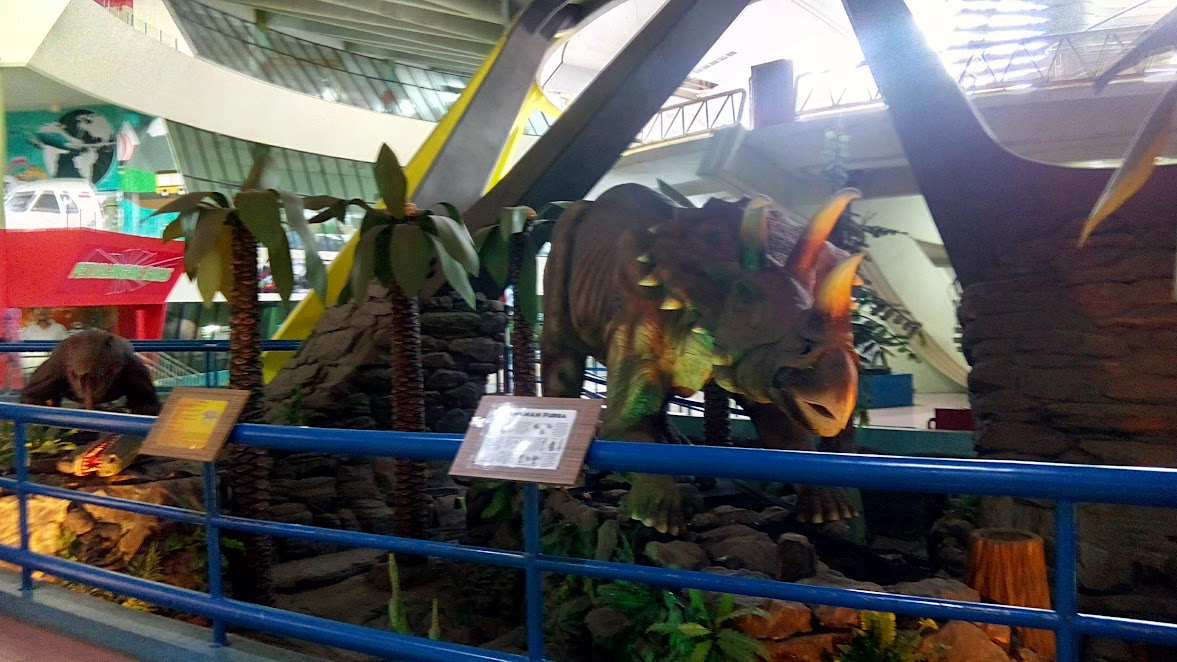 Wahana Dinosaurus di Museum IPTEK TMII