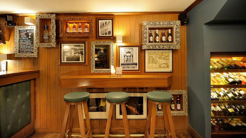 best-pet-friendly-cafes-mumbai-woodside-inn_image