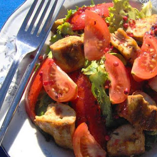 Grilled Chicken and Red Pepper Salad