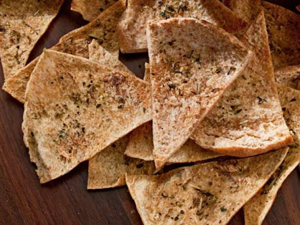 Garlic & Herb Pita Chips Recipe