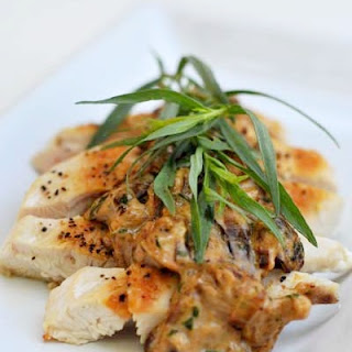 "Chicken with Mushroom ""Cream"" Sauce."