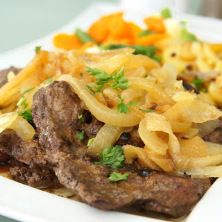 Sliced Calf's Liver with Golden Onions.