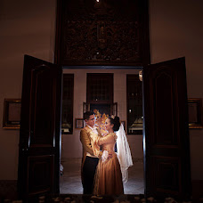 Wedding photographer Dewi Caprianita (caprianita). Photo of 13.06.2015