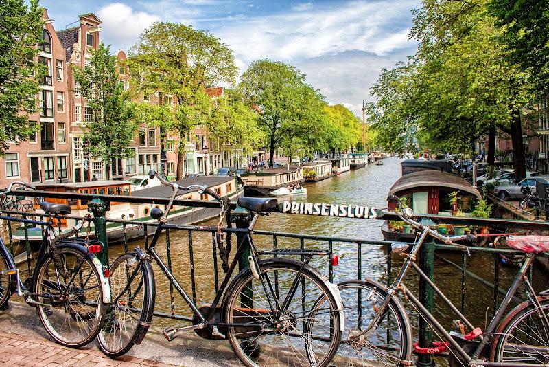 Bici in città ........Amsterdam di Gianluca Presto
