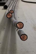 Photo: Câble d'alimentation Haute Tension (Visite de chantier 2 Oct. 2014)