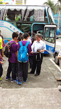 Photo: School Visit - 至善國中