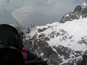 Photo: und an der Schesaplana. Peter zaubert den Arcus M zum Gipfel hinauf.