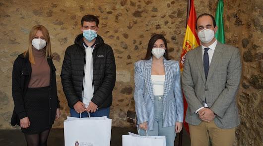 Carboneras celebra el 28F con homenaje a jóvenes que cumplen los 18 años en 2021