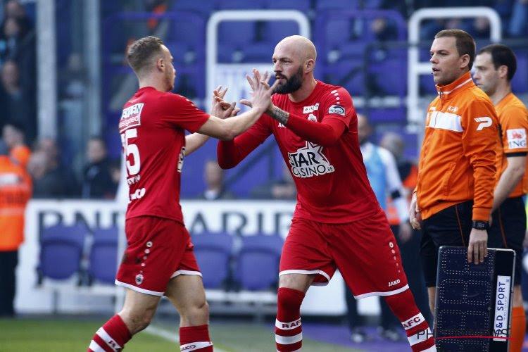 """Zwaar ontgoochelde Antwerp-spelers weten waar het verkeerd liep: """"Het kan verkeren hé"""""""