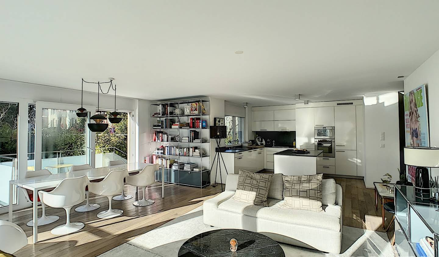 Apartment with terrace Nyon