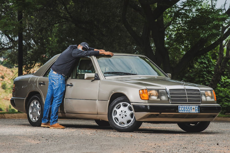 The author and his 1990 Mercedes-Benz W124. The relationship was fleeting.