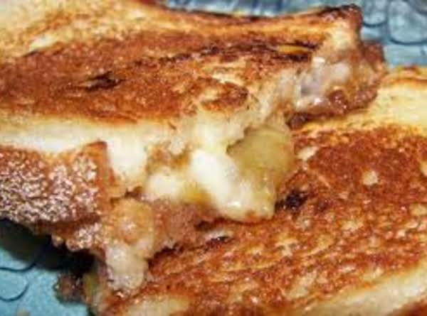 My Grilled Havarti Cheese & Spiced Apple Sandwich