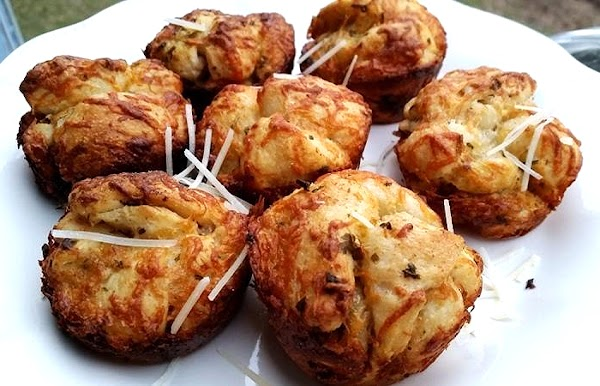 ~ Easy Cheesy Garlic Muffins ~ Recipe