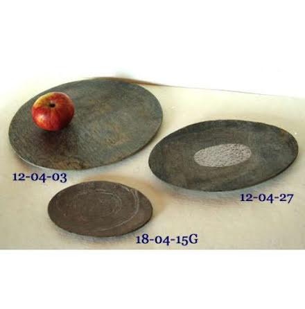 Fat ovalt Metalldekor