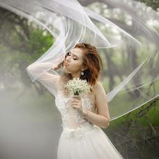 Wedding photographer Katya Pushkareva (RinaKa). Photo of 16.04.2018