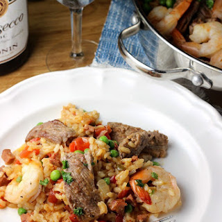 Easy Paellla Recipe with Beef and Shrimp.
