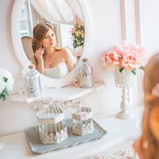 Wedding photographer Yuliya Burina (burina). Photo of 17.08.2017