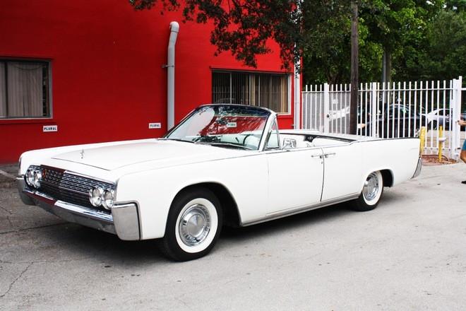 1962 Lincoln Continental  Convertible White Hire Miami