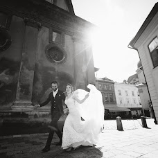 Wedding photographer Pavel Nenartovich (nenik83). Photo of 20.09.2017