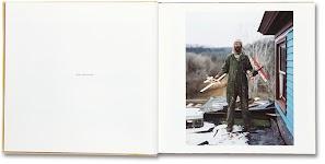 foto uit boek Sleeping by the Mississippi<br /> Charles, Vasa, Minnesota<br /> Foto © Alex Soth