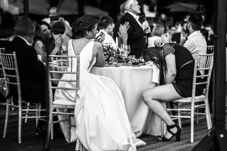 Wedding photographer Oleg Onischuk (Onischuk). Photo of 27.06.2019