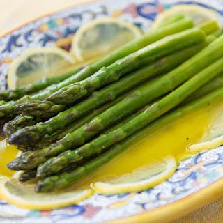Asparagi all'agro (Asparagus with Lemon and Olive Oil).