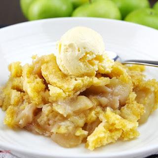 Slow Cooker Apple Dump Cake.