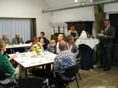 Photo: De wethouder van Breda had zich goed voorbereid en had een hele speech met allerlei anekdotes.