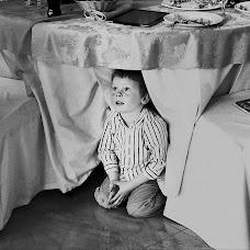 Wedding photographer Sergey Futerman (fotofunt). Photo of 18.04.2013