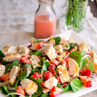 Spinach Salad With Grilled Chicken And Strawberries