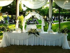 Photo: Много магнетична сватбена украса в ресторант градината на Вила Марциана! www.villa-marciana.com