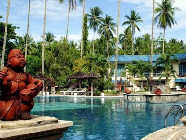 Tasik Ria Resort