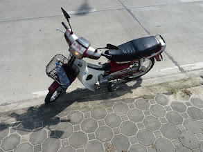 Photo: Chiang Mai - Samoeng loop, my old Honda Dream 100ccm from Mr. Somchai at Moonmuang rd. noth from Thapae gate, 80B per day until 6PM, 100B per 24hrs