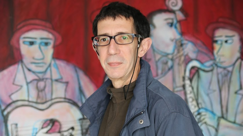 El periodista cubano afincado en Almería trabajó durante años en LA VOZ (Foto: Alicia Fuertes).