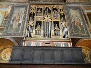 Photo: St. Maurizio's, organ in the Hall of Nuns