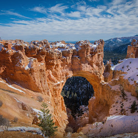 Natural Arch by Ruben Parra - Landscapes Caves & Formations ( natural arch, national park, winter, arch, rock formations, utah, sandstone, hoodoos, landscape, bryce canyon, rocks )