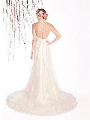 Robe de mariée Emmy, transformable, en dentelle et tulle, avec empiècement amovible aux emmanchures américaines, au joli dos nu bien échancré orné de collier amovible en cristal