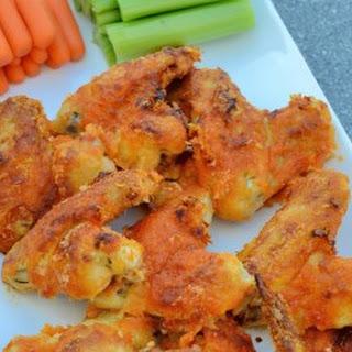 Crispy Baked Garlic Buffalo Wings
