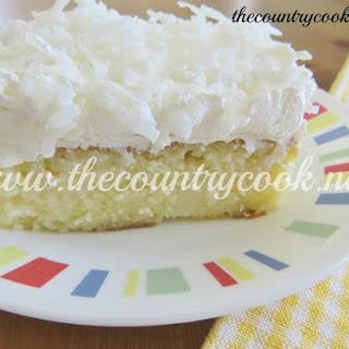 Piña Colada Poke Cake