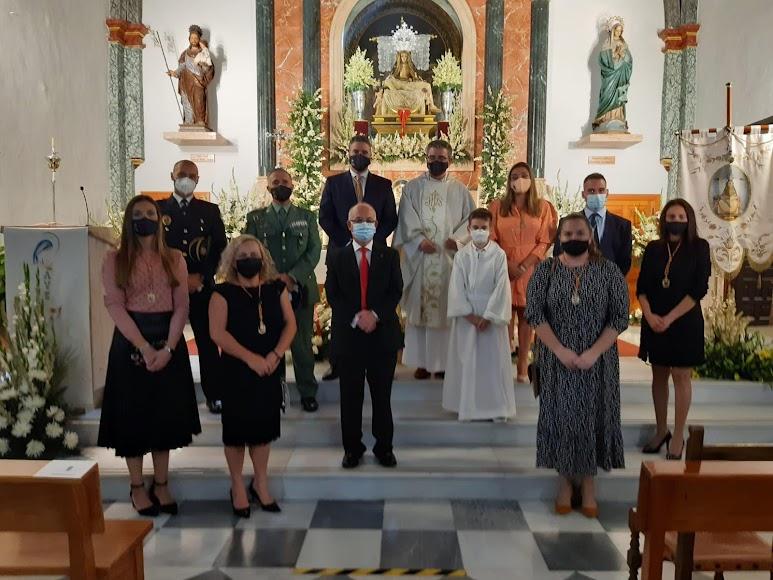 La corporación municipal y el General de la BRILEG asistieron a la misa.
