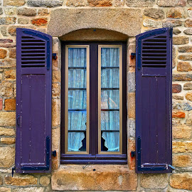 Window by Dobrin Anca - Buildings & Architecture Architectural Detail ( building, window, green, street, brittany )