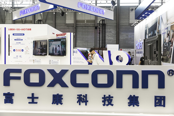Foxconn Apple production to move to Vietnam from China - Business Day