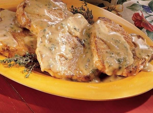 Pork Chops With Sour Cream Gravy Recipe