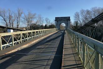 Photo: Pont suspendu de Fourques
