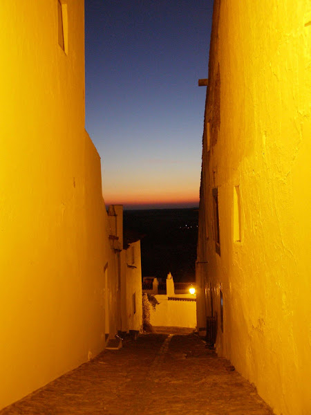 Photo: The contrasting tones of an evening within the village of dreams...